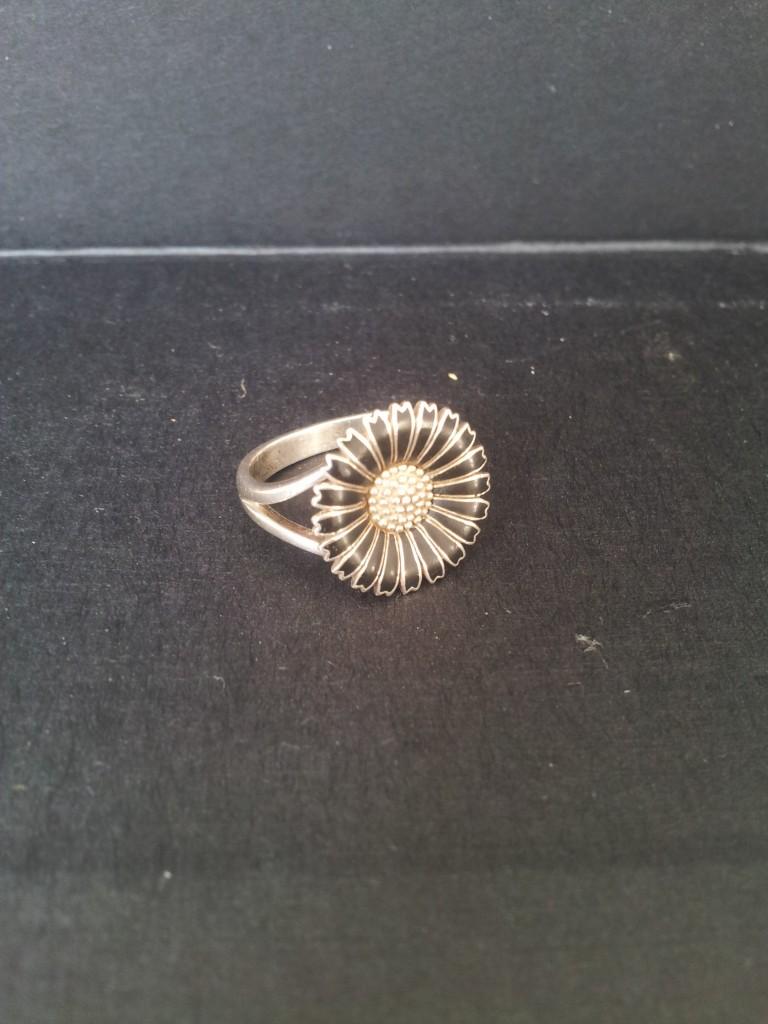 marguerit ring sølv